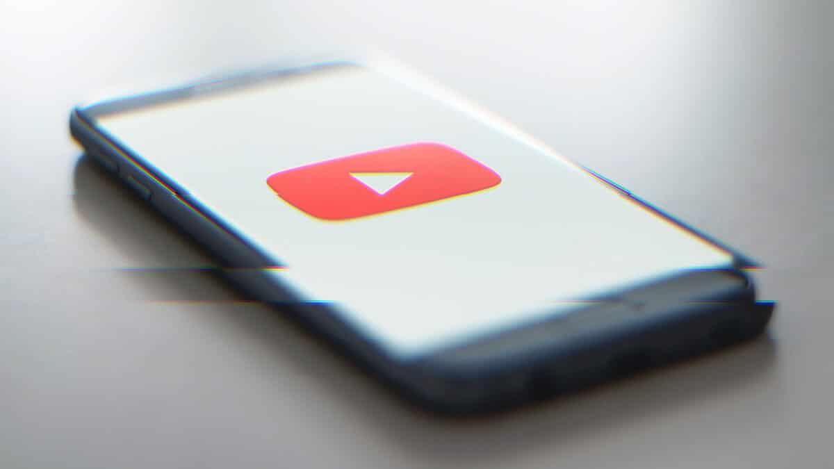 how to watch videos blocked in your country